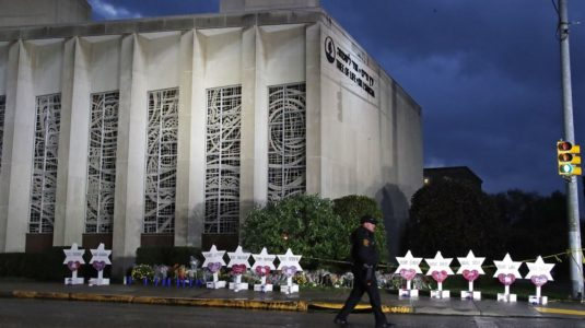 A tree of life synagogue