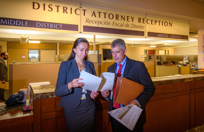 Undergraduate student Rachel Chen interns at the Distrcit Attorney's office