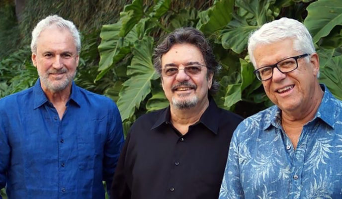 Three members of Trio da Paz