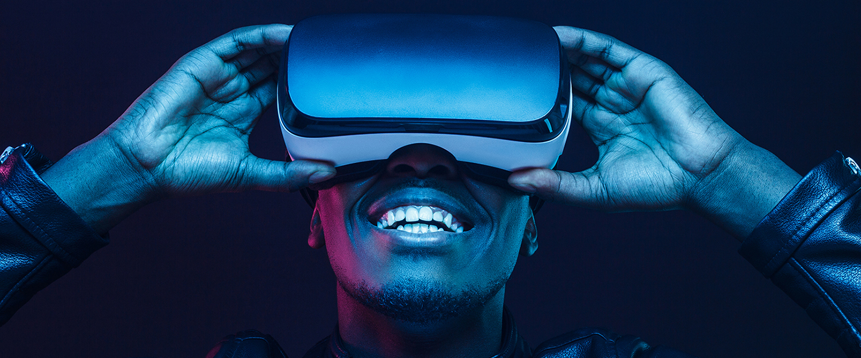 Student wearing virtual reality goggle