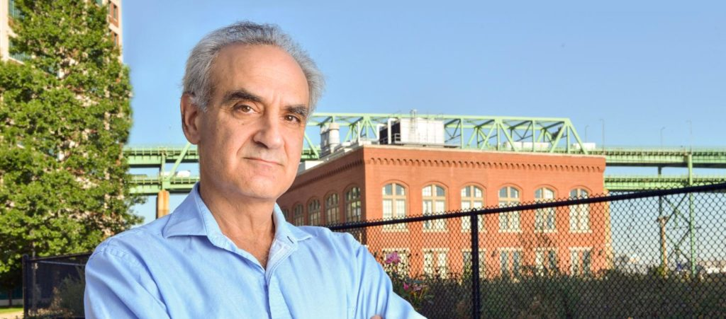 Alum Gary Cohen-Macarthur is recognized for his work in health care and on the environment