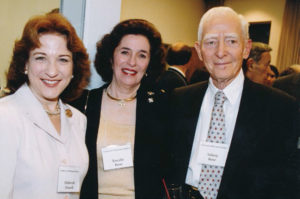 Debórah Dwork with Rosalie and Sidney Rose.