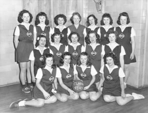 female basketball team, 1942-43