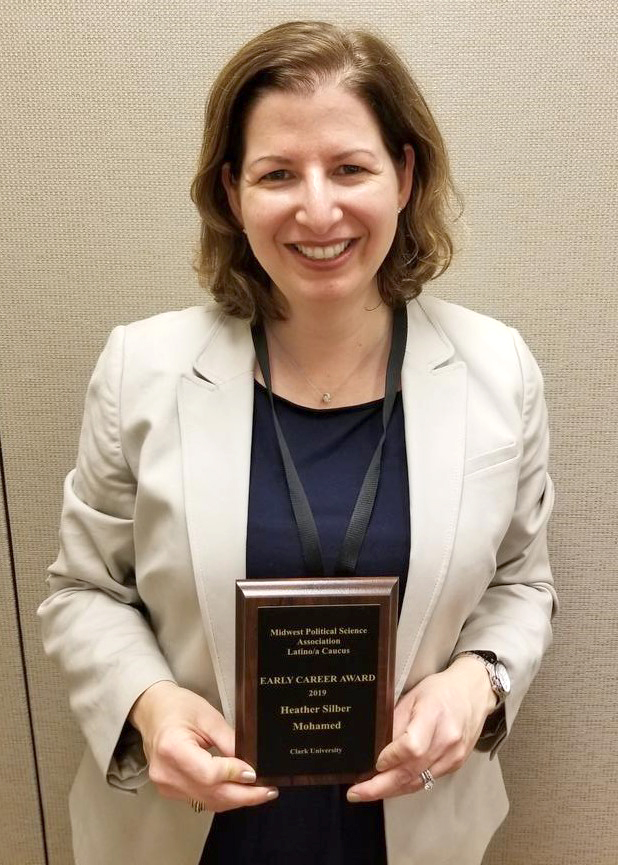 Heather Silber Mohamed with the 2019 Midwest Political Science Association (MPSA) Latino/a Caucus Early Career Award