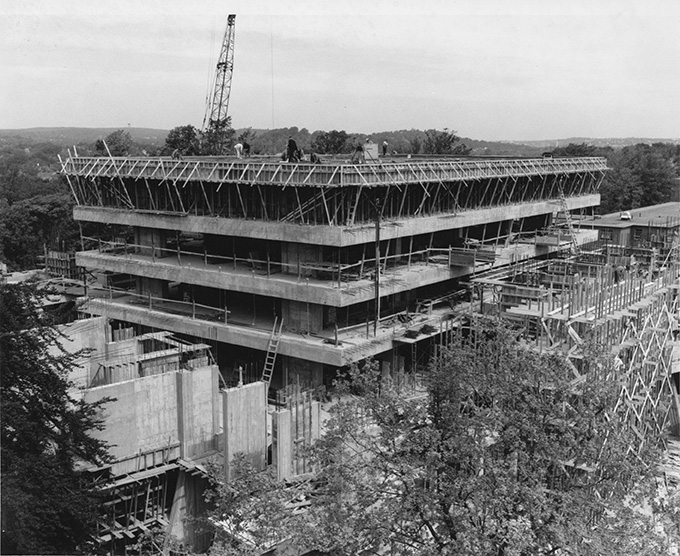 Goddard Library under construction in 1968