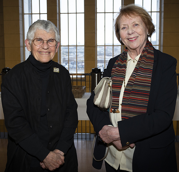 Cynthia Enloe with Vigdís Finnbogadóttir