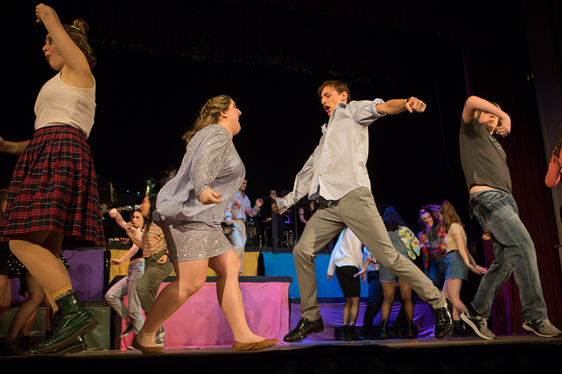"Clark Musical Theatre performs ""The Wedding Singer"""