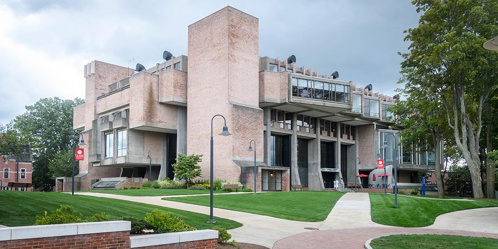 Robert Hutchings Goddard Library at Clark University